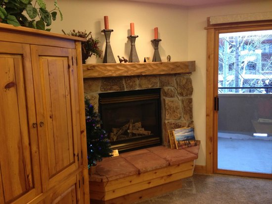 Canyon Creek Condominiums: Fireplace in the living room