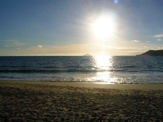 Itamambuca Beach: As 7h da manhã...linda!