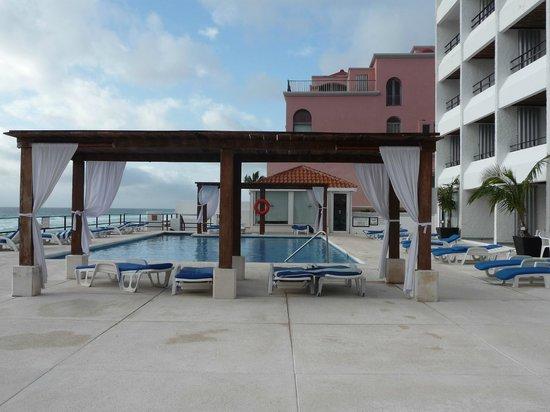 Flamingo Cancun Resort: piscine
