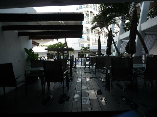 Flamingo Cancun Resort: buffet