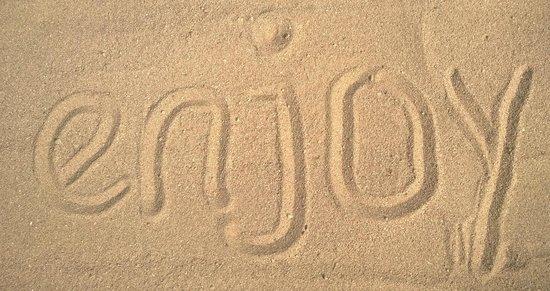 Ghazala Gardens Hotel: Das ist Sand, und kein Kiesel!! Einwandfrei!