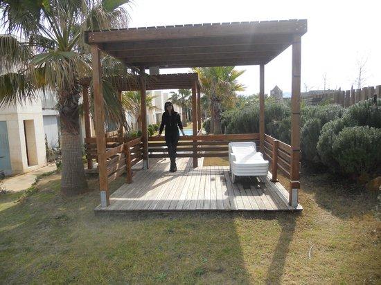 L'Escala Resort : Jardines