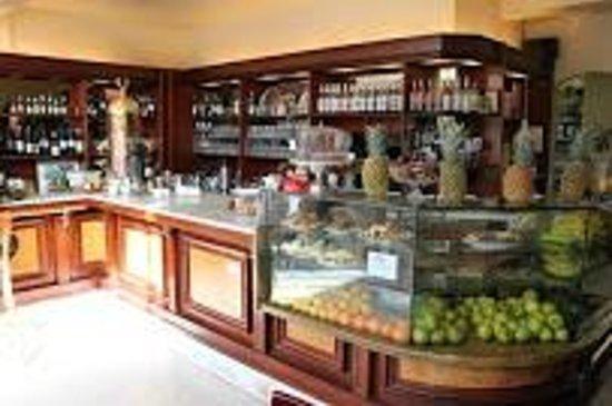 cafe Divine