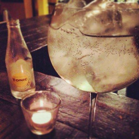 DeVins: Brockmans gin