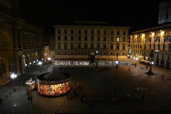 La Dimora del Centro: Night view from room