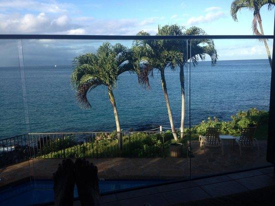 Napili Kai Beach Resort: view from room