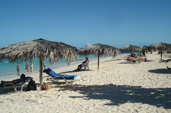 Guardalavaca Beach : Playa Guardalavaca.