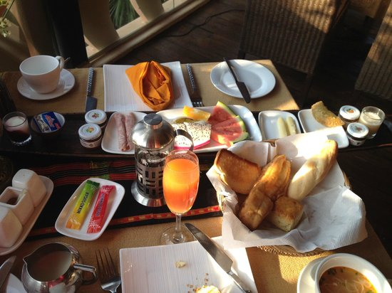 ViewPoint Lodge & Fine Cuisines: My Breakfast Boat