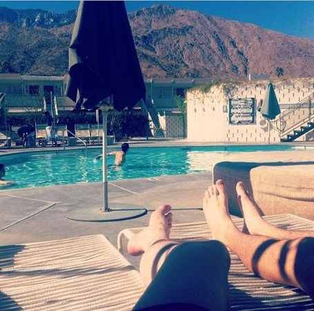 Ace Hotel and Swim Club: Mountain views from pool