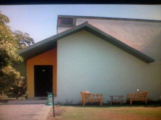 Sukhsagar Gir Resort: Cottage Surrounded By Mango Trees