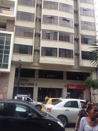 Hotel 9 de Octubre : fachada del hotel
