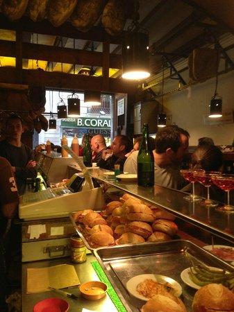 Can Paixano (La Xampanyeria) : La salle