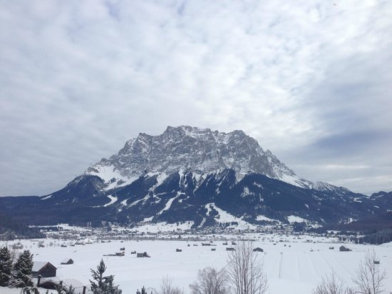 Hotel Post: View of the Zugspitze