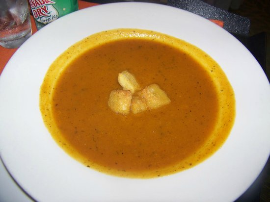 Courtyard Panama at Multiplaza Mall : Squash soup perfect for recovery time.