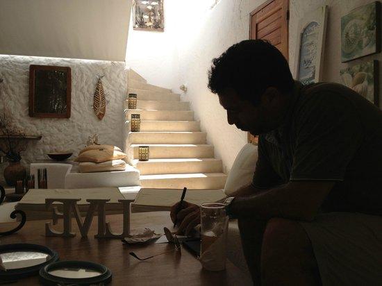 Posada Mediterraneo : Sala de estar