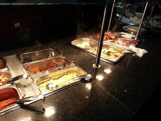 Clayton Hotel Manchester Airport : bkfast