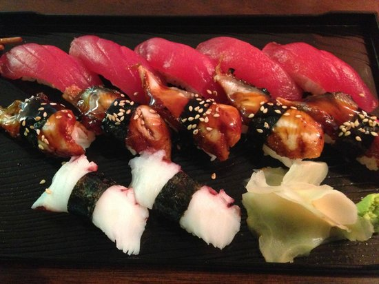 Sushi by the Sea: Nice set of super fresh sushi