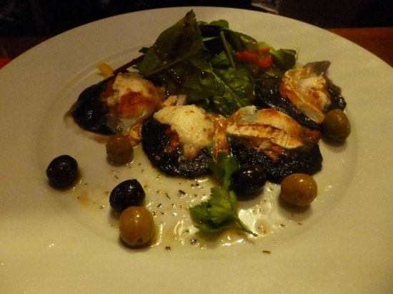 Castle Hotel: stuffed field mushrooms with melted goats cheese