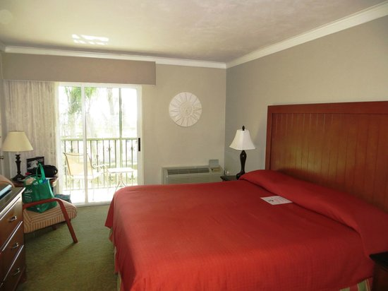 West Wind Inn: Second floor standard room