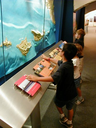 Santa Barbara Maritime Museum : Environmental Exhibit