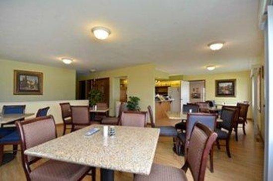 GuestHouse Acorn Inn : Dining