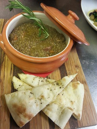 Il Girasole: Umbrian sausages and lentil