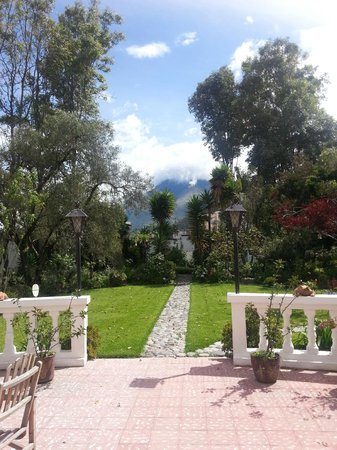 La Posada del Quinde: View from the patio.