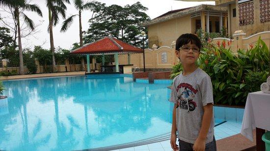 Bach Dang Hoi An Hotel: Piscina