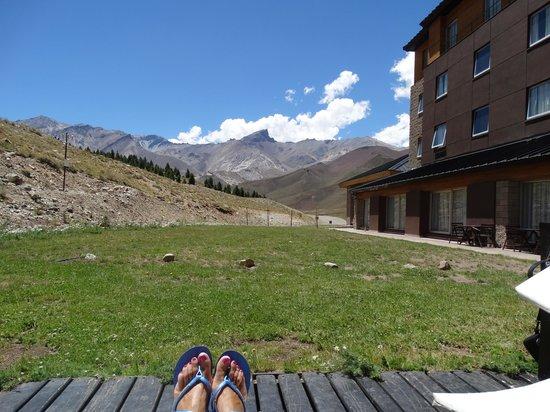 Virgo Hotel and Spa - Las Lenas: vista desde la pileta