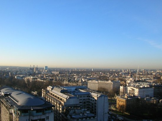 London Hilton on Park Lane : View from my room.