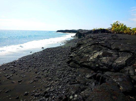 Black Sand Beach On Hawaii Volcano Tours