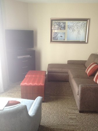 Staybridge Suites San Francisco Airport : Family Room
