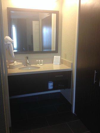Staybridge Suites San Francisco Airport: Bedroom 2-bathroom
