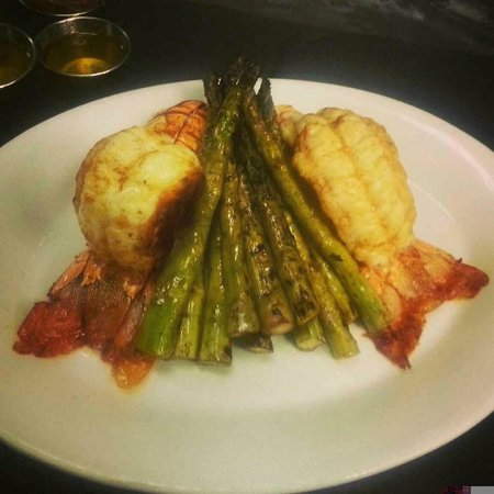 Shula's 347 Grill: Beautiful spiny lobster tails with grilled asparagus!