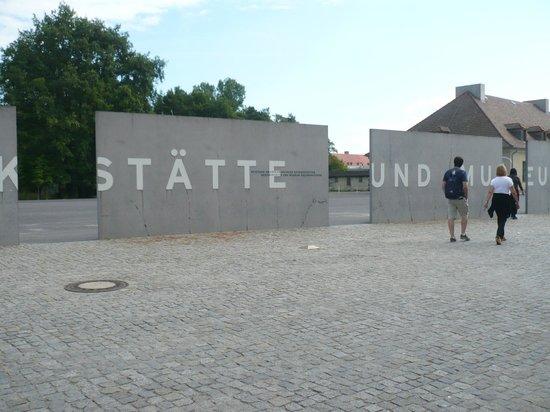 Sachsenhausen Concentration Camp: l'ingresso