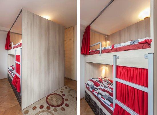 Urban Hostel: 4 bed dorm