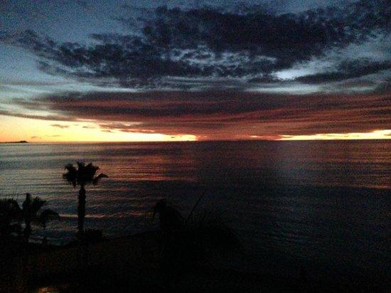 Las Olas : Sunrise from balcony 402B