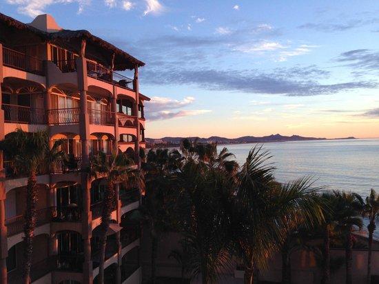 Las Olas : Sunrise on the condo