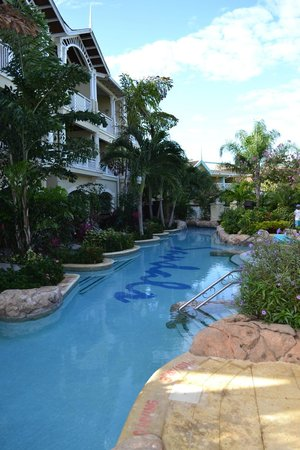 Sandals Royal Caribbean Resort and Private Island: Swim up rooms
