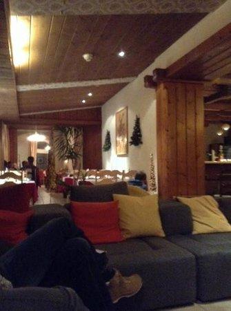 Hotel Berghof Wilderswil-Interlaken: salle à manger