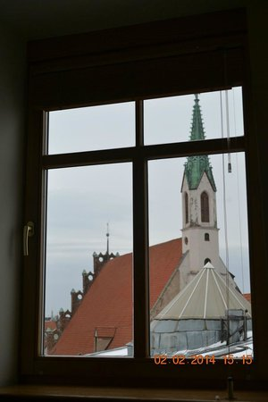 Rixwell Centra Hotel : Вид из окна