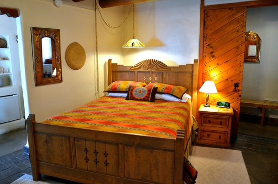 Inn at Pueblo Bonito Santa Fe: Our Tesuque room is warm, inviting and exudes historic adobe ambiance!