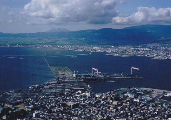 Hakodate, Japonia: 遠くに駒ヶ岳も見える。