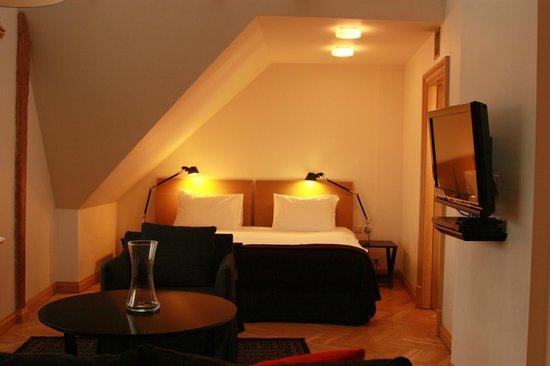Neiburgs Hotel : Апартаменты