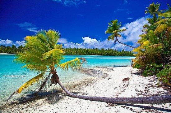 Pacific Resort Aitutaki : One foot island on the Moonlight Tour