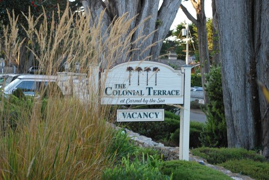 The Colonial Terrace : Welcome Sign -- a great choice in a great neighborhood