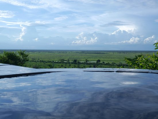 Ngoma Safari Lodge : view from our bath tub