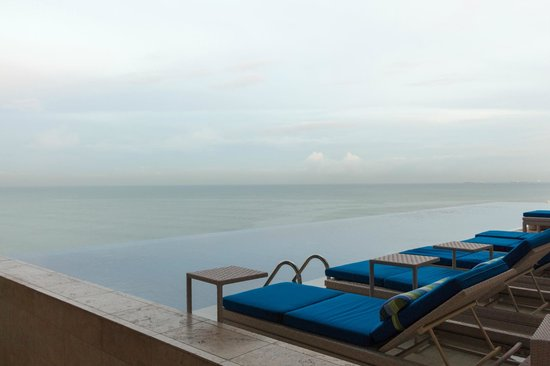 Trump International Hotel & Tower Panama: Piscinas infinitas
