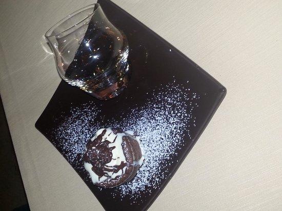 I Conti: rum con tortino caldo