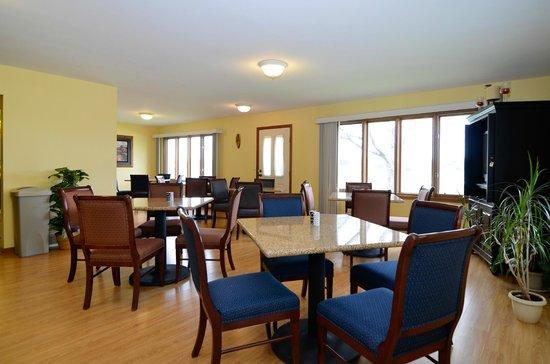 GuestHouse Acorn Inn: Dining Room